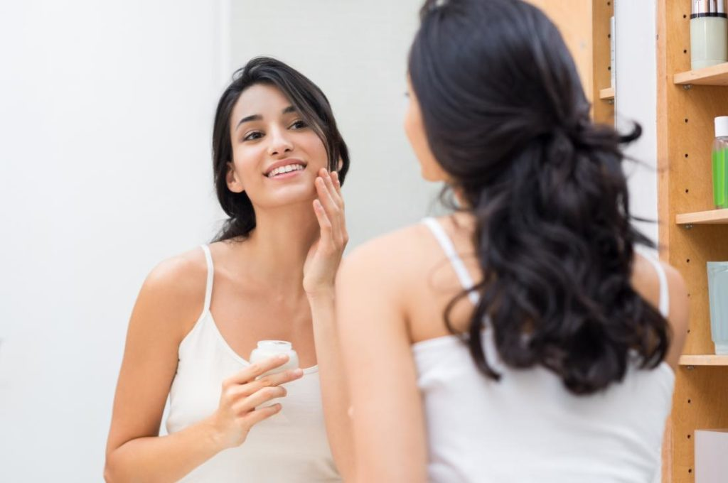 How to treat oily skin problems