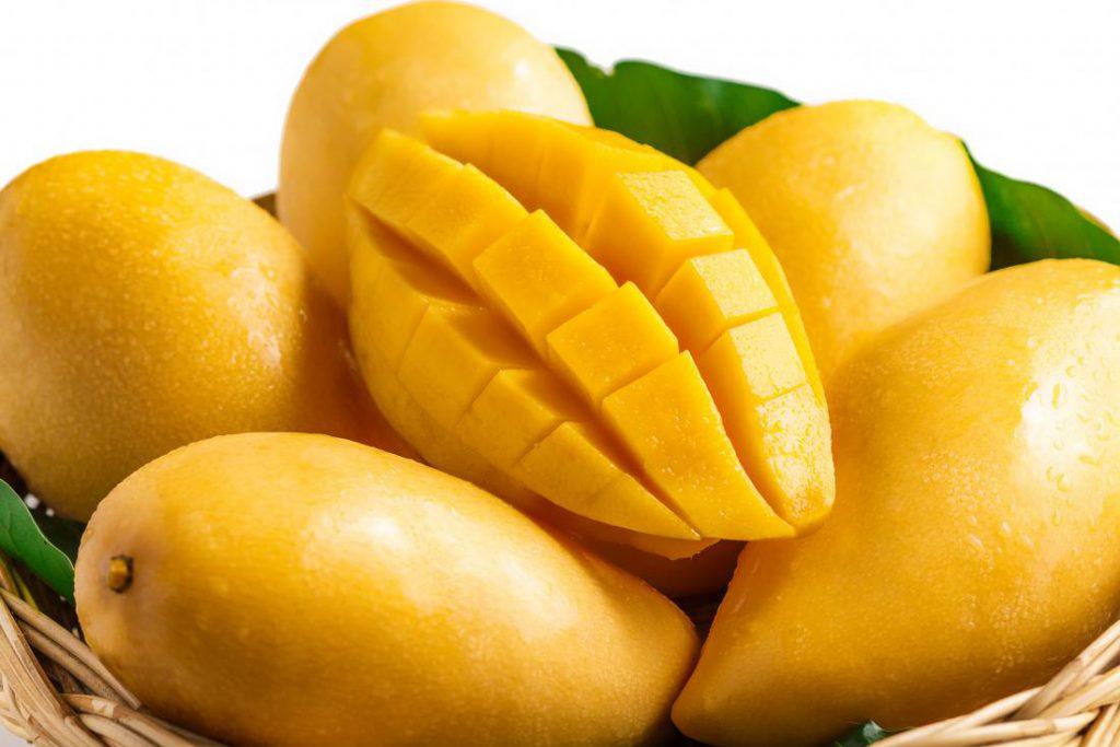 8 Incredible Benefits Of Eating More Mangoes